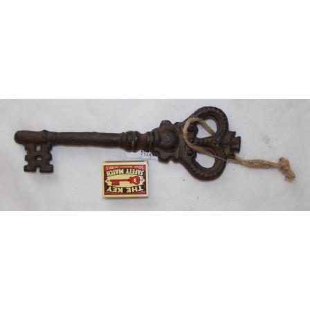 Klíč s korunkou litina 24x8x2cm