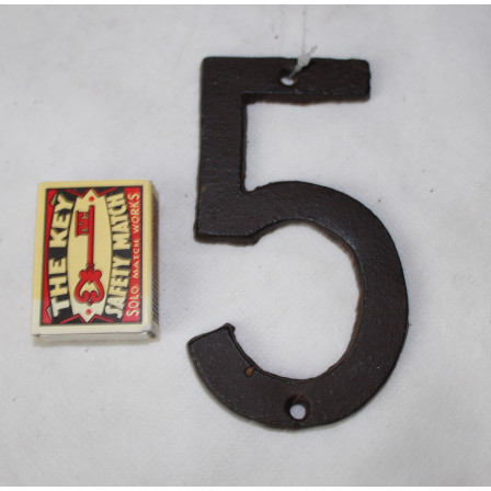 Domovní číslo 5