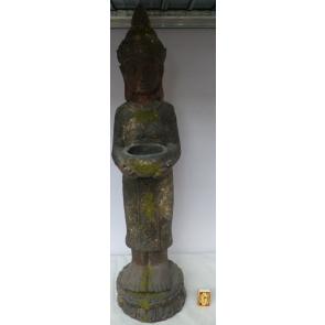 Buddha stojící