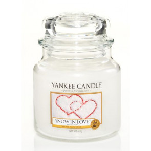 YANKEE CANDLE Classic střední - Snow in love classic