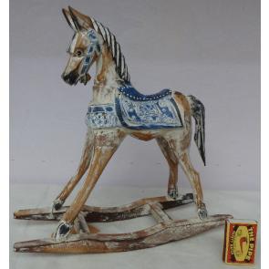 Houpací kůň dřevěný modrý 45cm