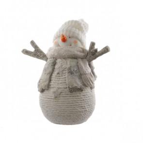Sněhulák s pletenou čepicí