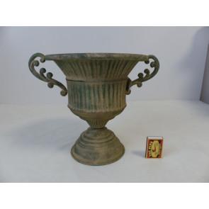 Váza zelená plechová